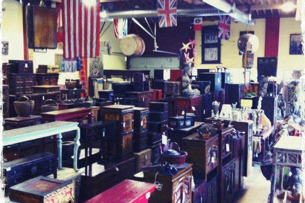 Antiques & Oddities