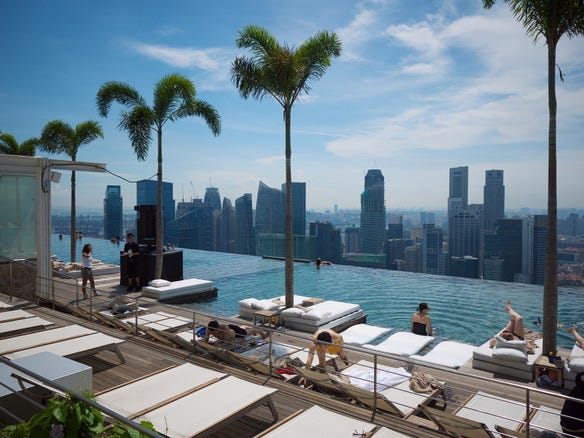 Marina Bay Sands Infinity Pool (Sonsuzluk Havuzu)