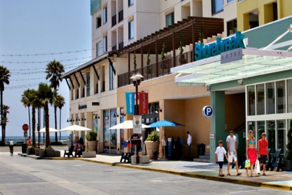 kimpton shorebreak hotel orange county hotels review. Black Bedroom Furniture Sets. Home Design Ideas