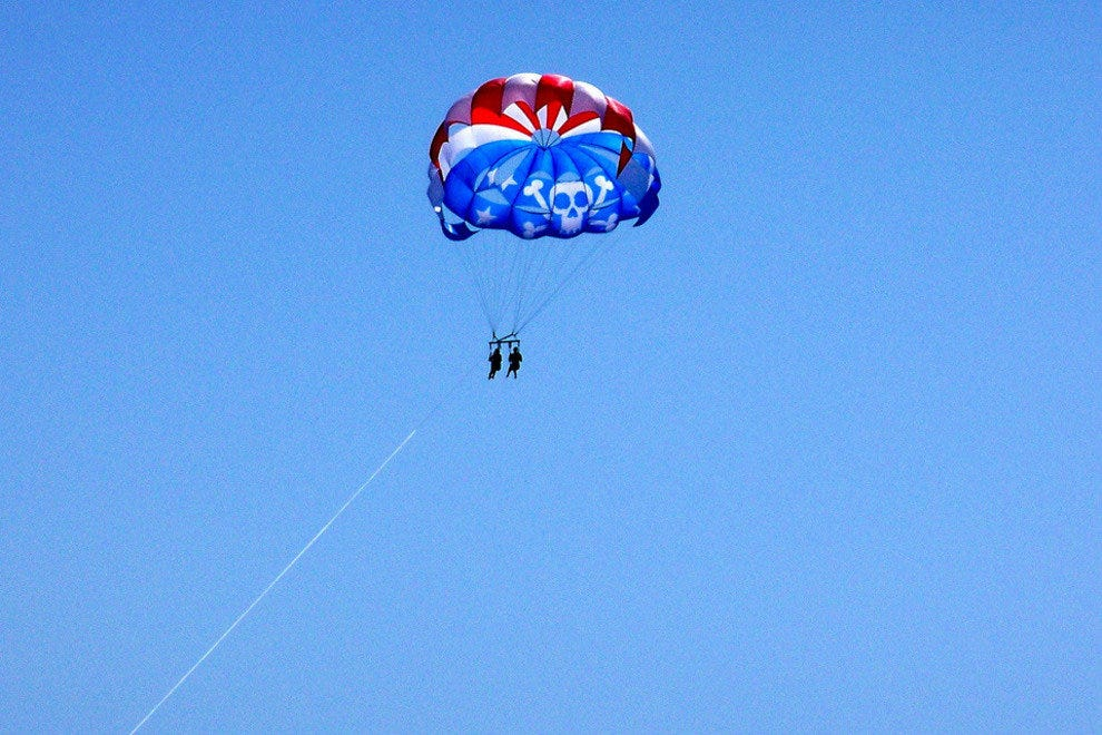 North Shore Parasail