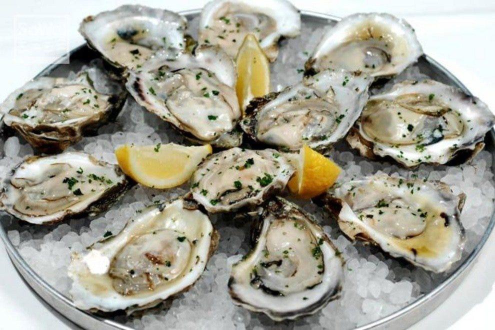 Original shuckers raw bar myrtle beach restaurants review for Food bar somerset mb