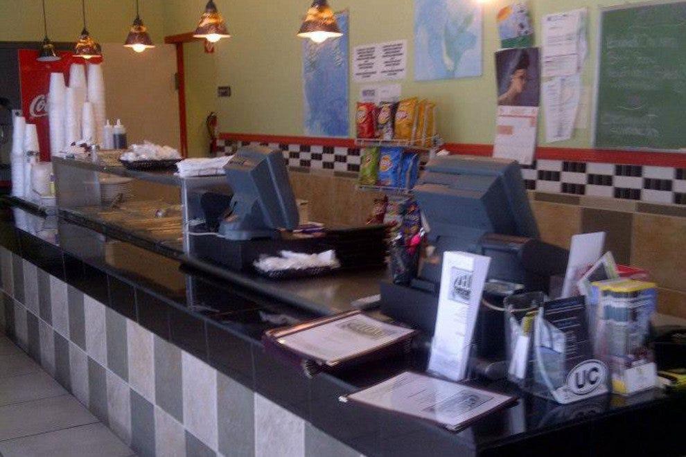 塞尔达咖啡馆和熟食店