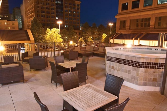 Courtyard by Marriott Downtown Memphis