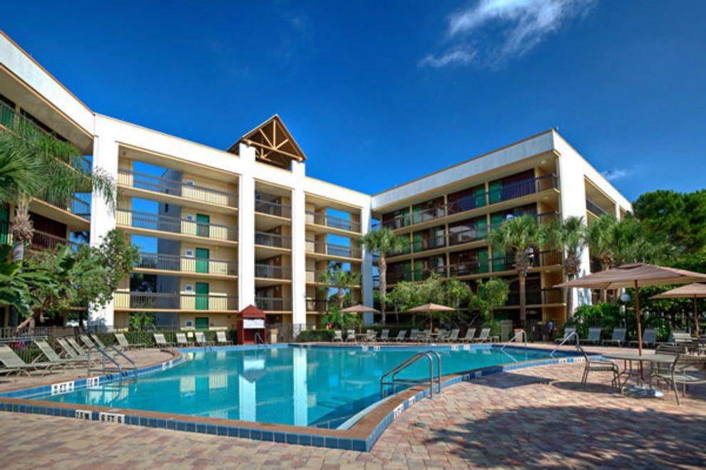 布埃纳维斯塔湖克拉里昂酒店,罗森酒店
