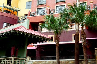 Enjoy a True Getaway Along the Riverwalk at Popular San Antonio Hotels