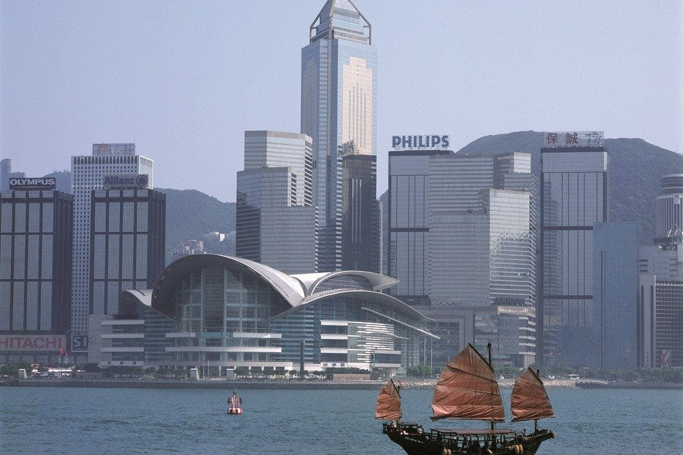 A hybrid of East and West, traditional and modern, the Hong Kong city is a sight on its own.