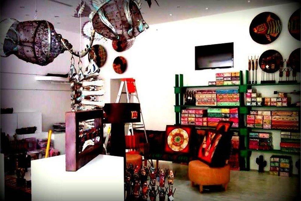 2a3861ef7a29 Shopping near Cruise Port  Shopping in Cancún