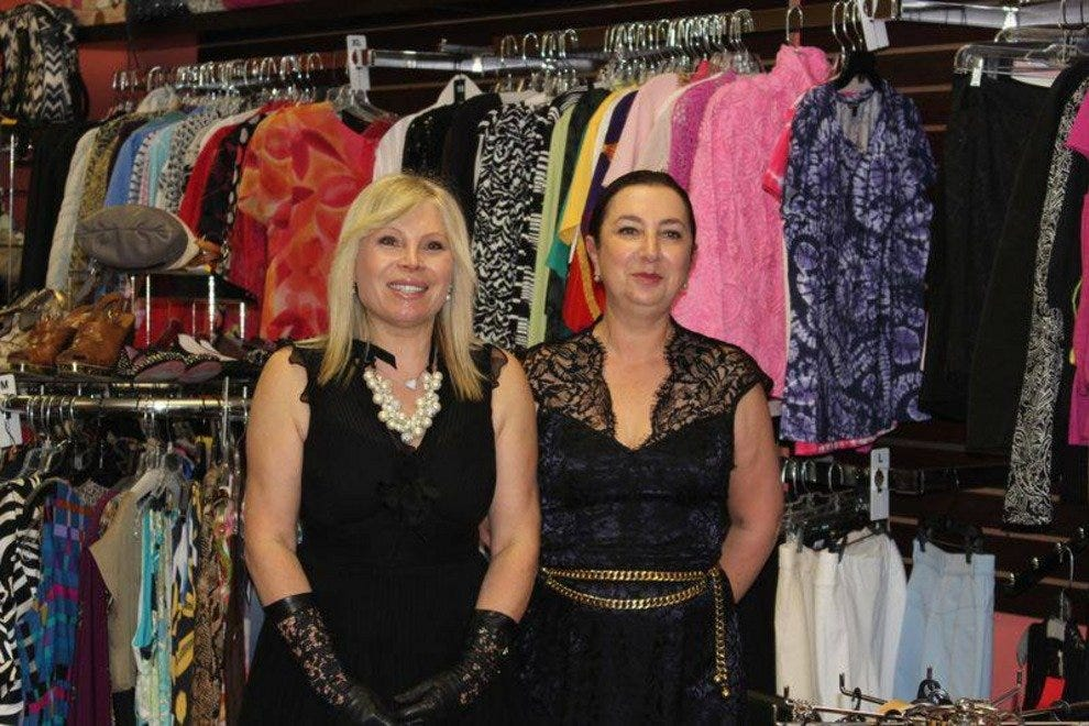 Owners Bella Perekalsky and Laura Agetstien at the grand opening