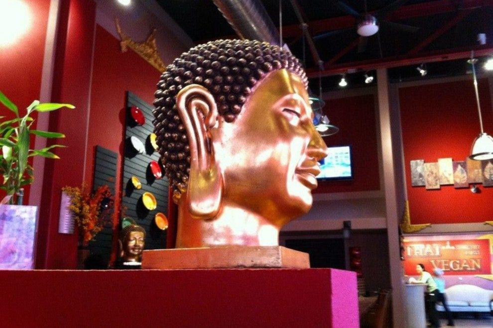 Thai Vegan interior, Nob Hill location
