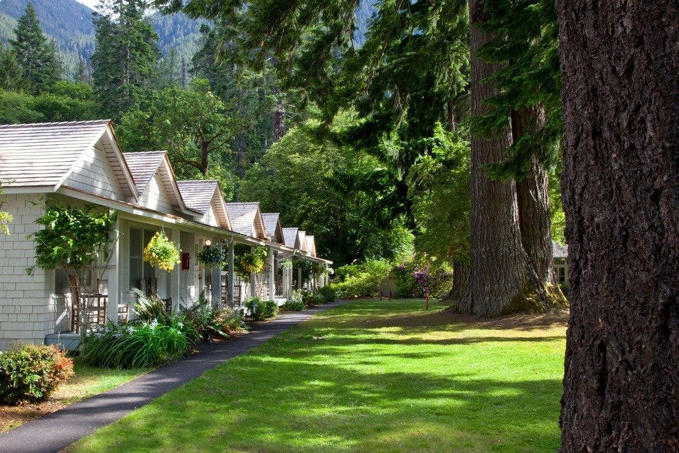 Lake Crescent Lodge in Olympic National Park, WA
