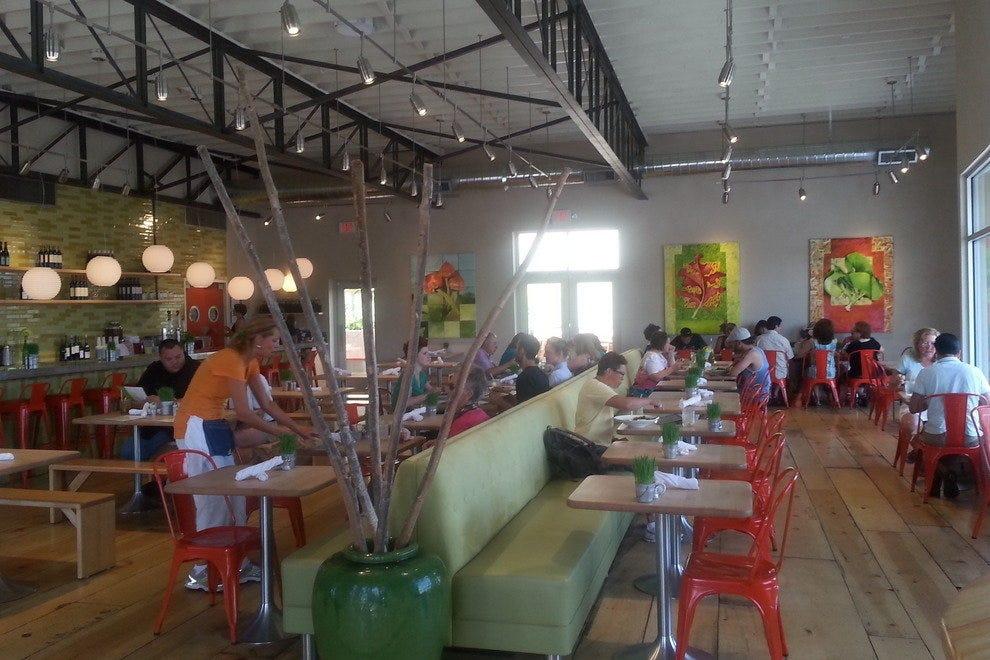 Vinaigrette's fresh and fun interior