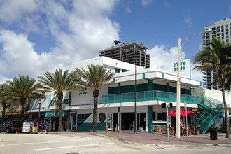 Fort Lauderdale Beach Bars Make This Oceanside City Sizzle