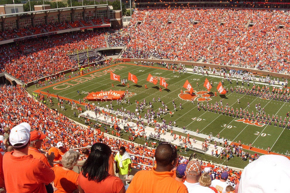 Fans pack in to Clemson's stadium