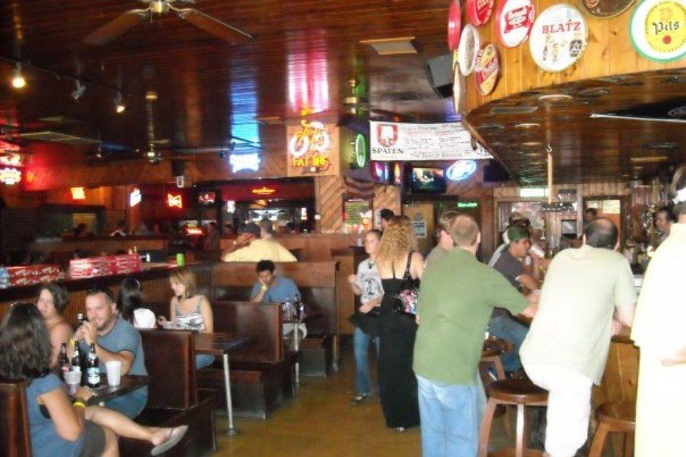 Gene S Haufbrau Charleston Nightlife Review 10best