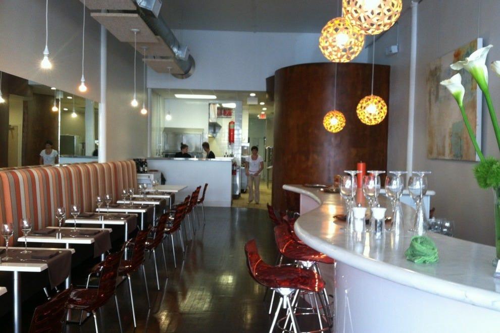 San antonio seafood restaurants 10best restaurant reviews for Places to fish in san antonio