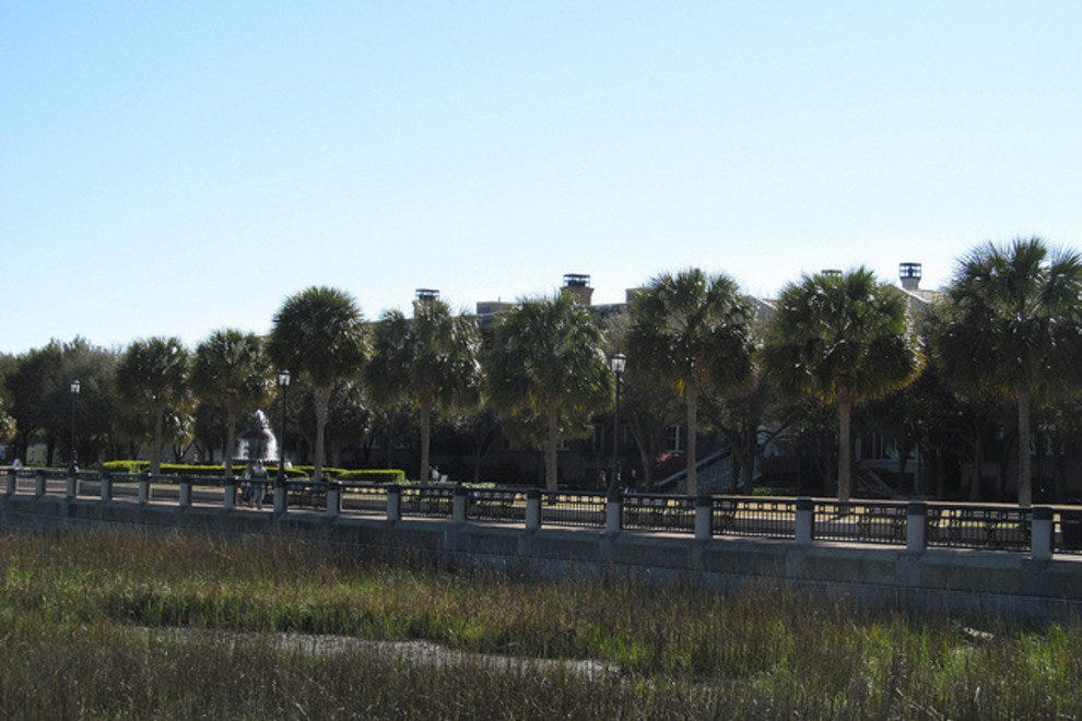 Charleston Waterfront Park