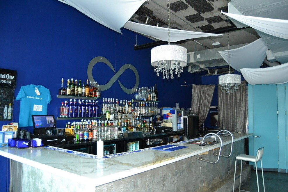 Infinity Lounge, Wilton Manors