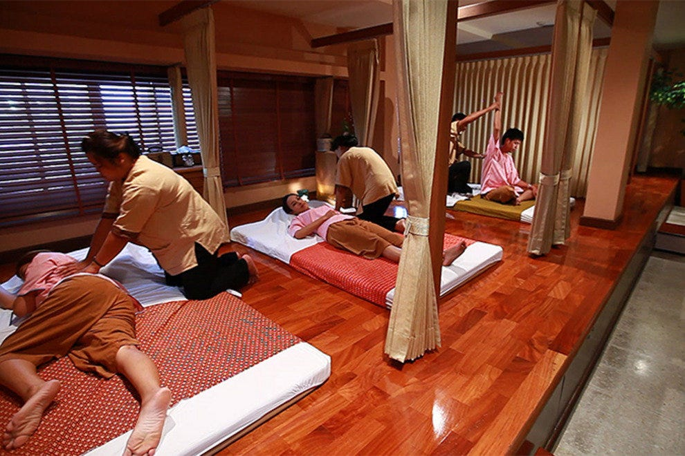 Relaxing massages at Thai Traditional Medicine Research Institute