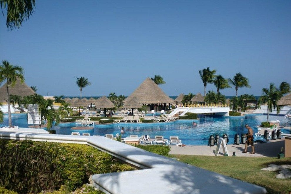 The Moon Palace is located just 10 minutes from the Cancun airport