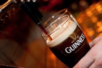Cheers to the Best Irish, Scottish and English Pubs in Chicago