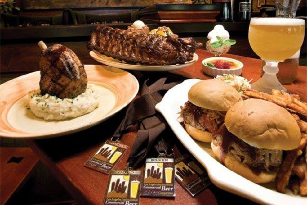 Babe's Bar-B-Que & Brewhouse