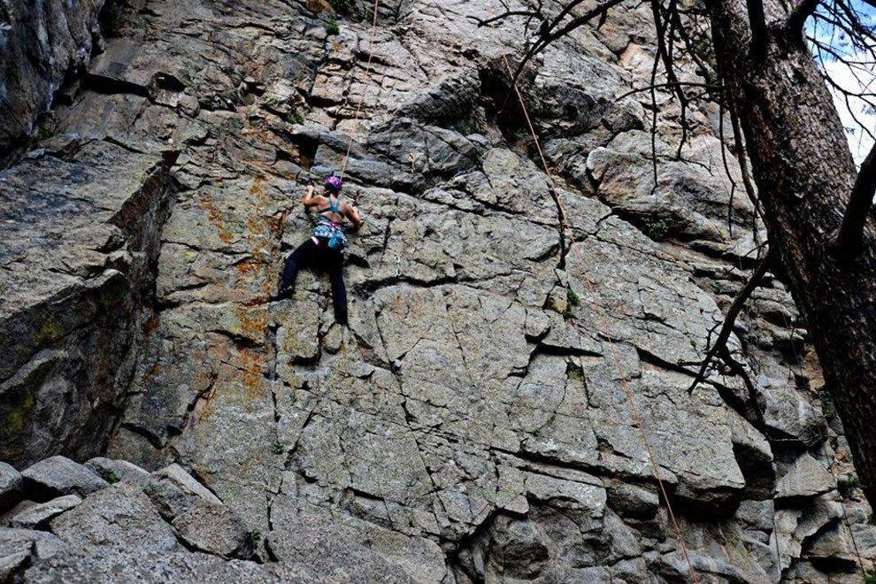 巨石峡谷攀登