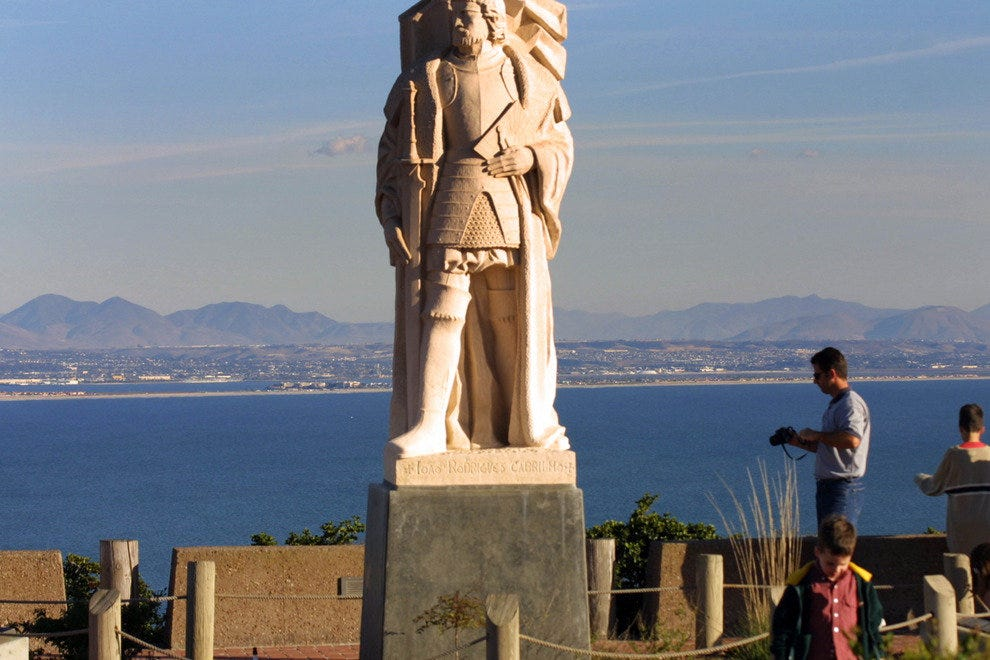 Cabrillo National Monument: Photograph the Bay and Beyond