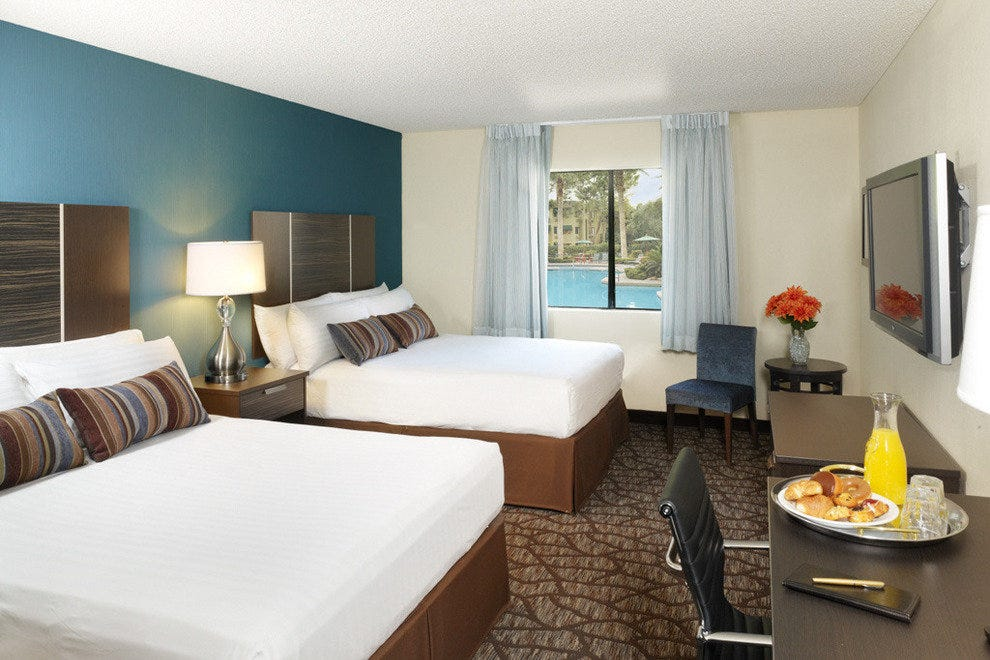 The new 330-square-foot Tower Rooms at Silver Sevens Hotel & Casino come with two queen beds or one king bed