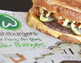 Wahlburgers Serves Up Stand-Out Burgers With a Side of Fame