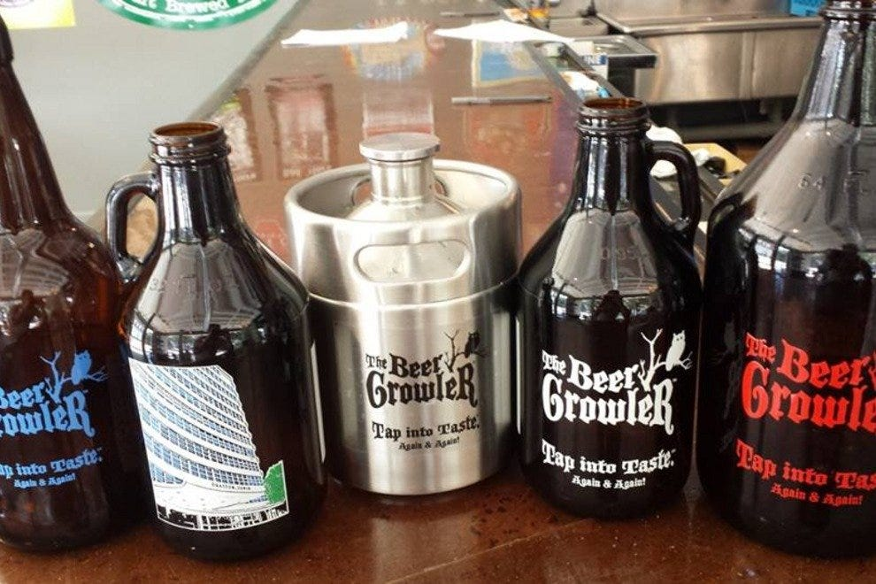 The growlers come in a variety of sizes and styles.
