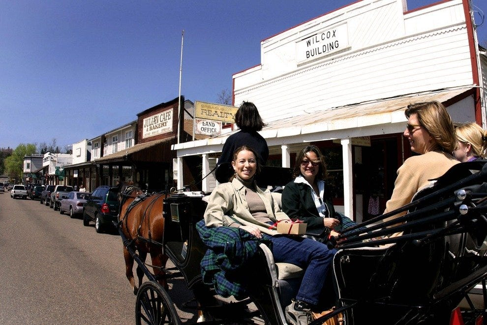 Horse-drawn carriages through Julian's main street provide an Old West ambiance.