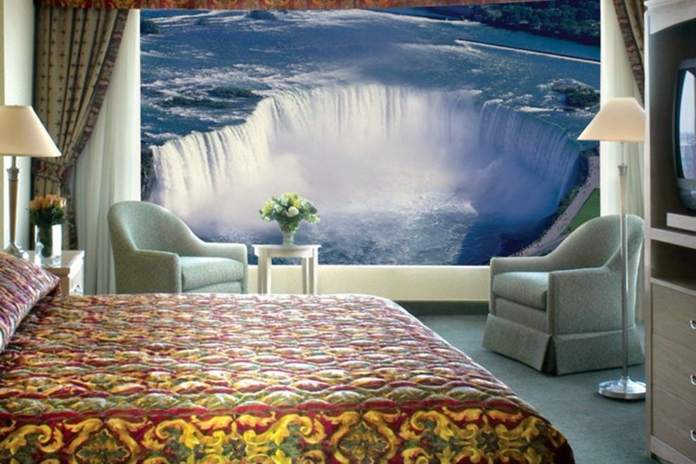 Emby Suites By Hilton Niagara Falls Fallsview