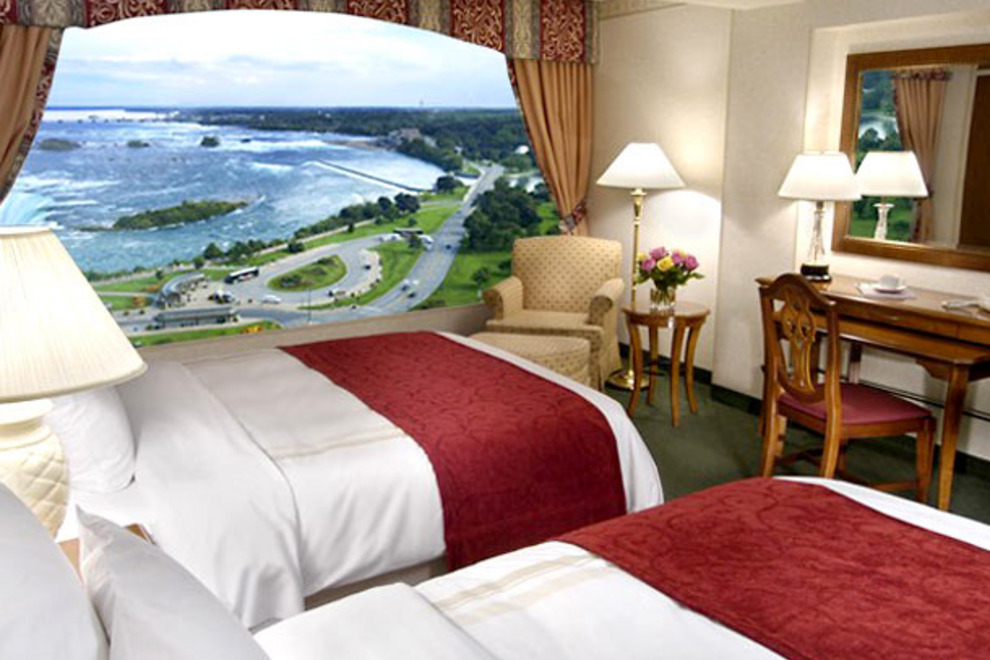 Hotel Rooms Near Niagara Falls