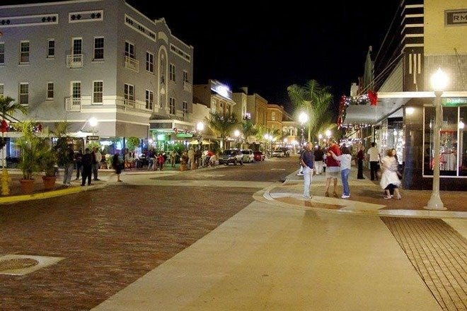 Stroll through Fort Myers' River District