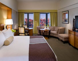 Mandarin Oriental Boston: A Luxury Stay in a Convenient Location