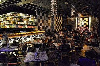 Asiatique's Best Nightlife: Checkmate Bar and Bistro