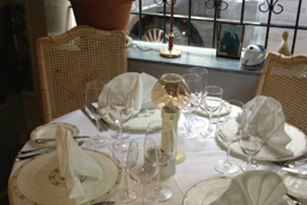 Chez Georges 10 лучших французских ресторанов в Амстердаме 10 лучших французских ресторанов в Амстердаме p chezgeorges 54 990x660 201406010144