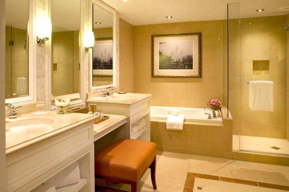 Harrahs New Orleans Casino  U0026 Hotel  New Orleans Hotels