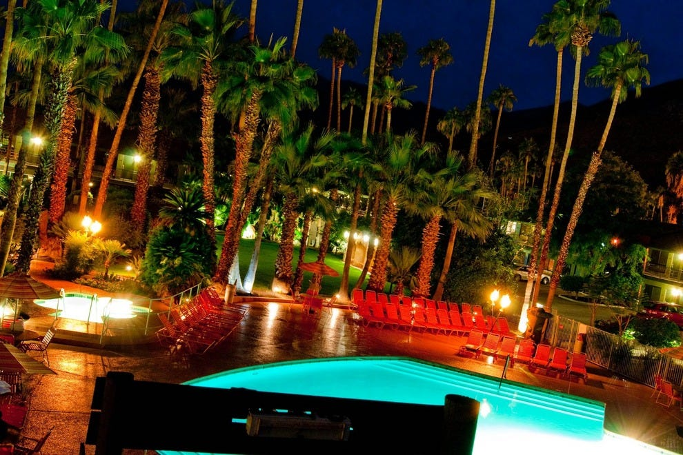 Best Restaurants And Shopping In Palm Springs