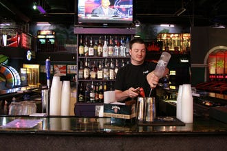 Myrtle Beach sports bars offer home for road fans
