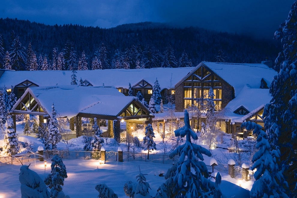 Cozy Winter Lodges You Should See At Least Once Classy