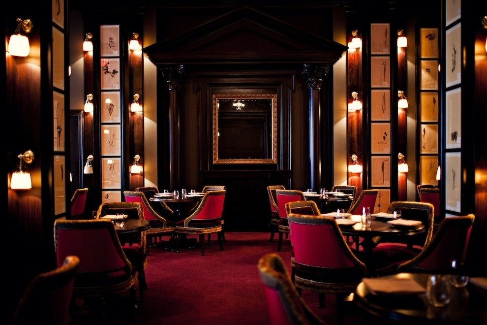 New york romantic dining restaurants 10best restaurant for Small intimate hotels