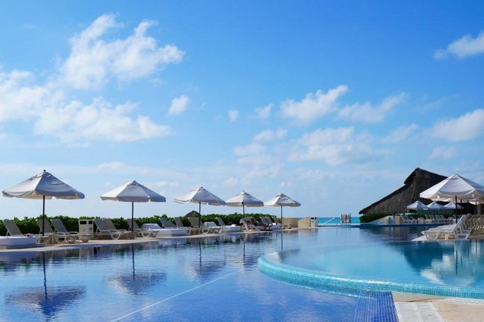 A day of romance and relaxation in cancun tours itineraries article by for How many rooms at live aqua cancun
