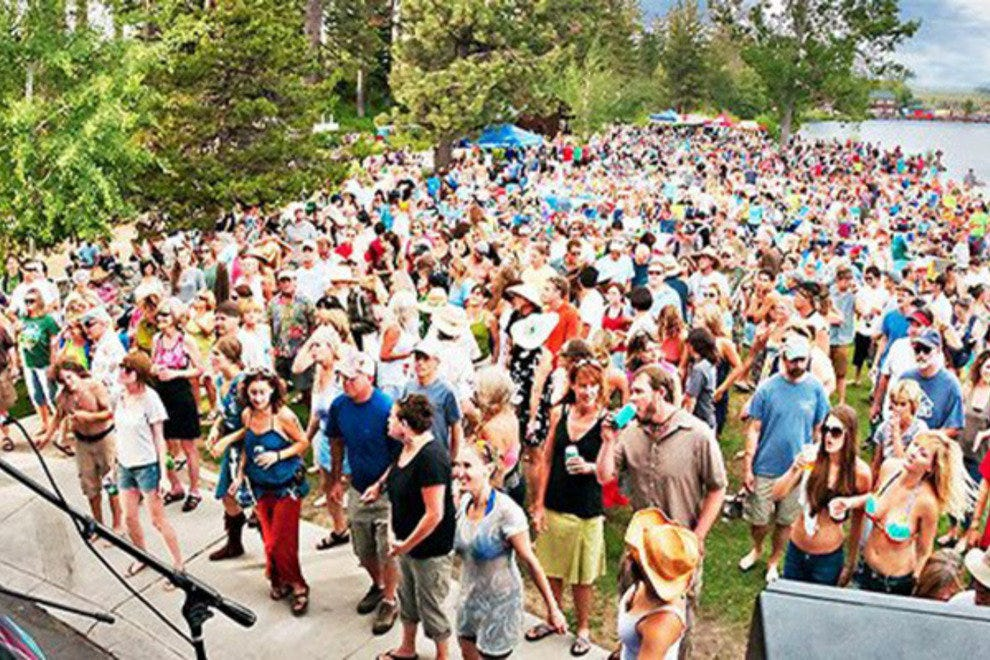 Commons Beach comes alive with music in the summer