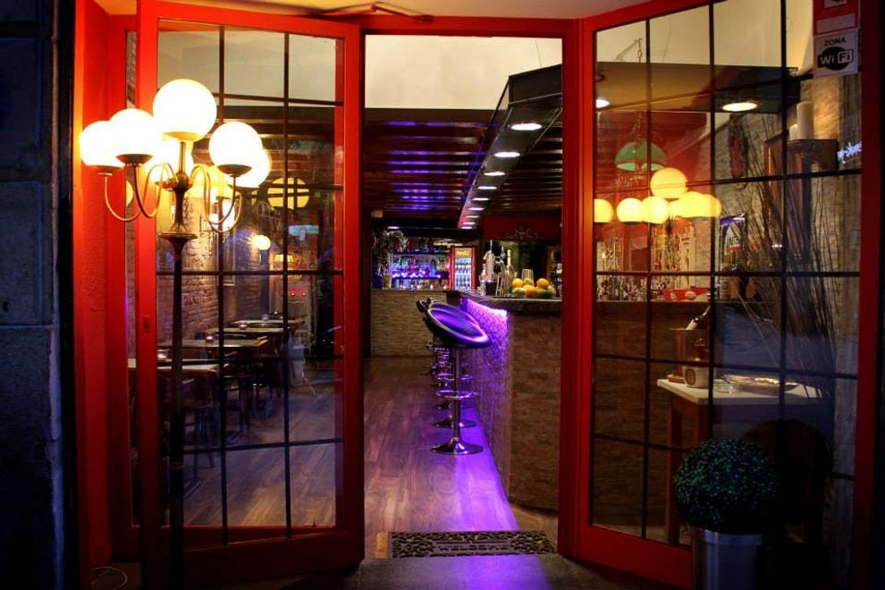 Late night restaurants in barcelona for Late night restaurants
