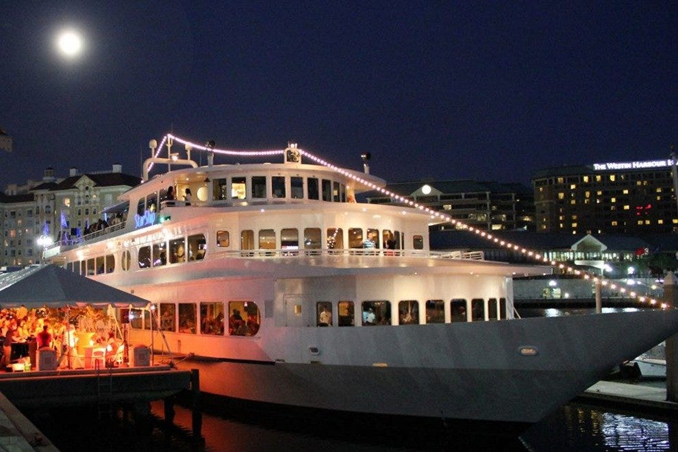 Awesome Yacht StarShip: Tampa Restaurants Review   10Best Experts And Tourist  Reviews