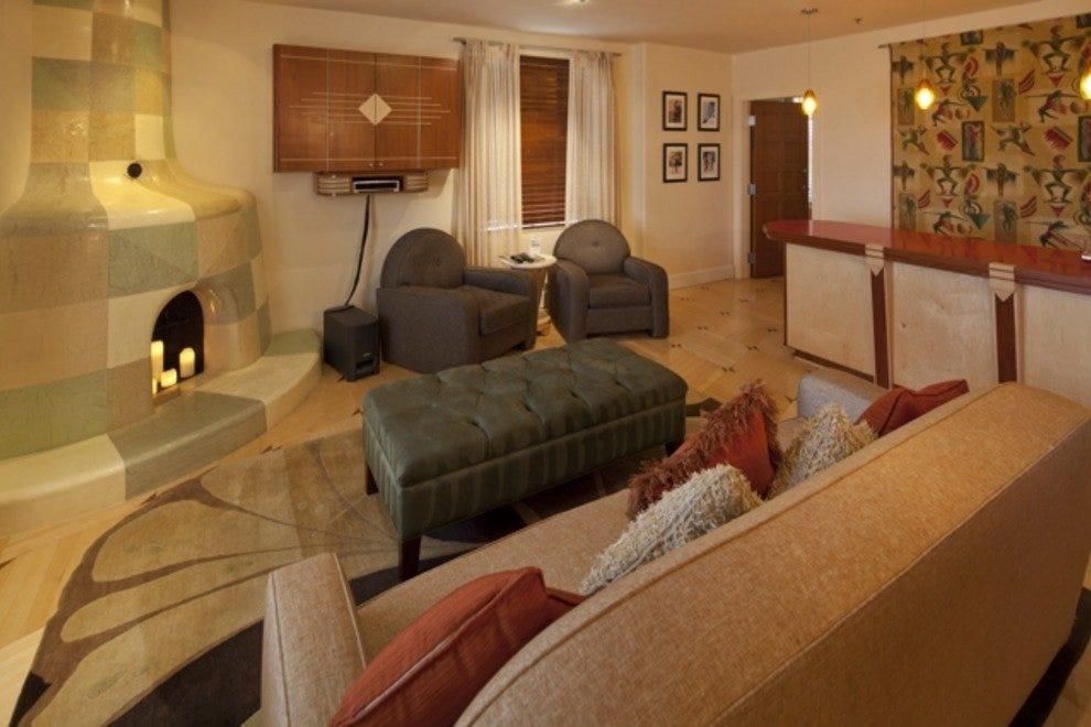 The Hilton / Gabor honeymoon suite