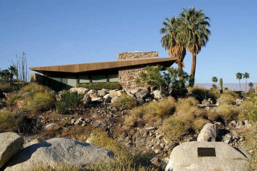 Mid-century modern architecture in Palm Springs