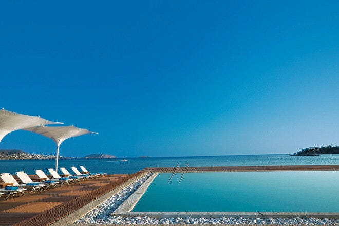 Enjoy Your Holiday by Swimming and Sunbathing on the Beaches around Athens