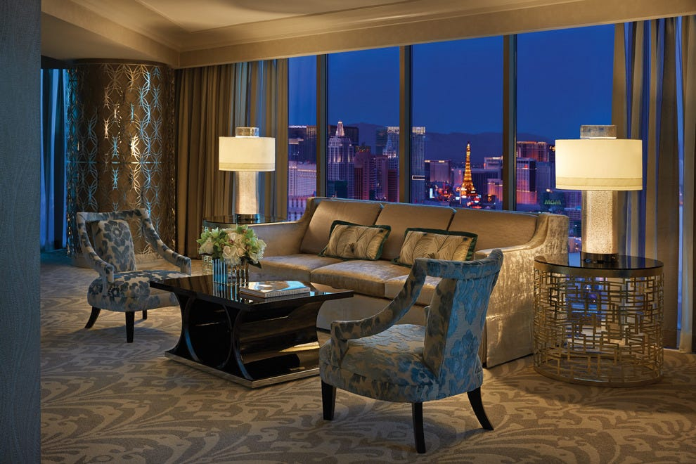 Las Vegas Luxury Hotels In Las Vegas Nv Luxury Hotel